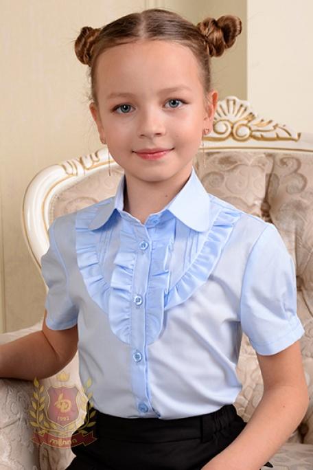 Блуза с коротким рукавом и оборкой голубая