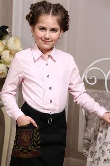 Блуза с вертикальными защипами розовая