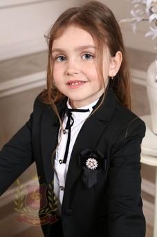 Жакет с прорезными карманами и украшением-бантом черный